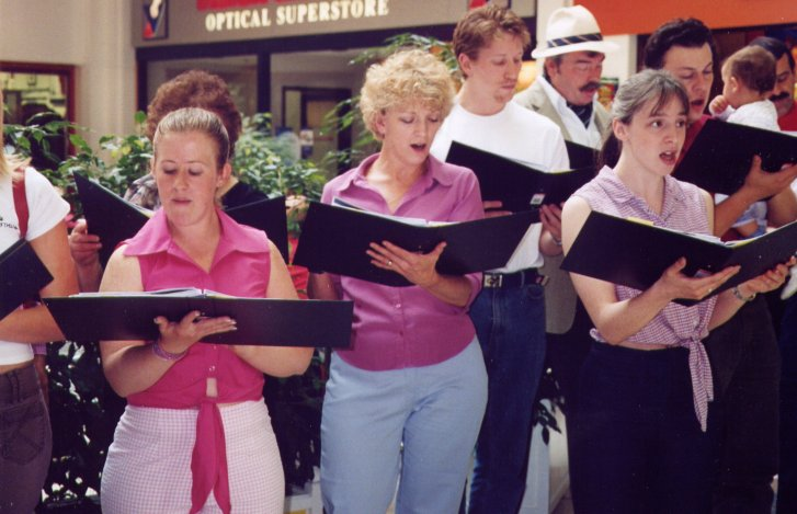Photograph: Princess Ida cast singing at The Marlands